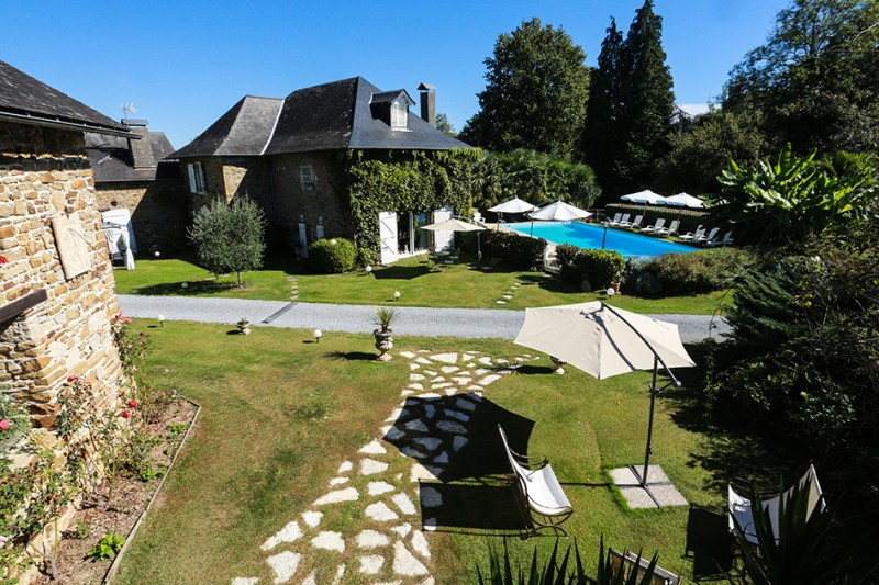 French property for sale - FCH342
