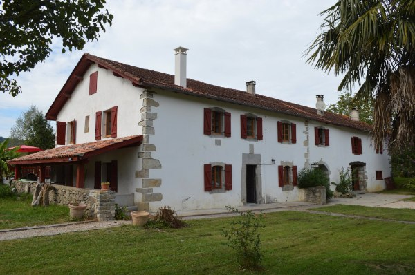 French property for sale - FCH498