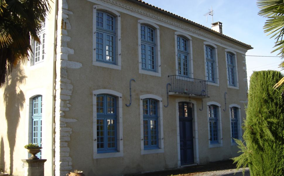 French property for sale - FCH765