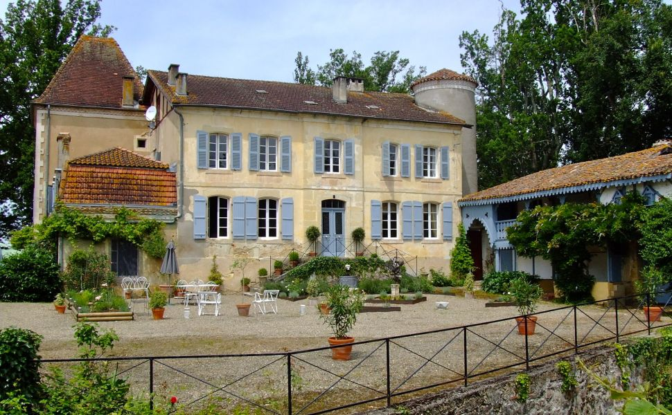 French property for sale - FCH747