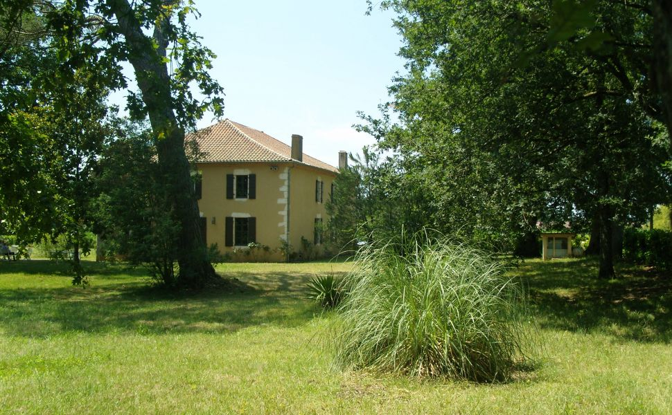 French property for sale - FCH299