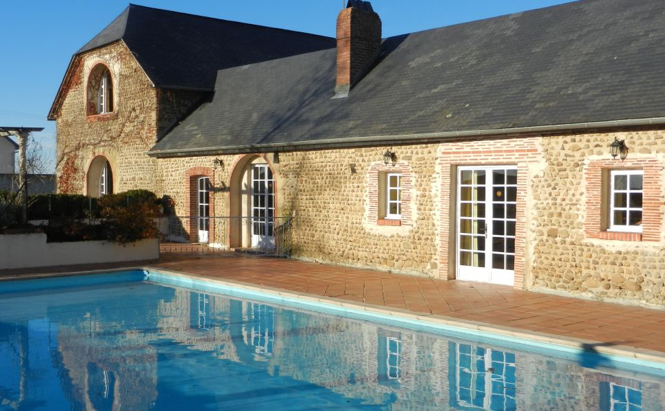 French property for sale - FCH311