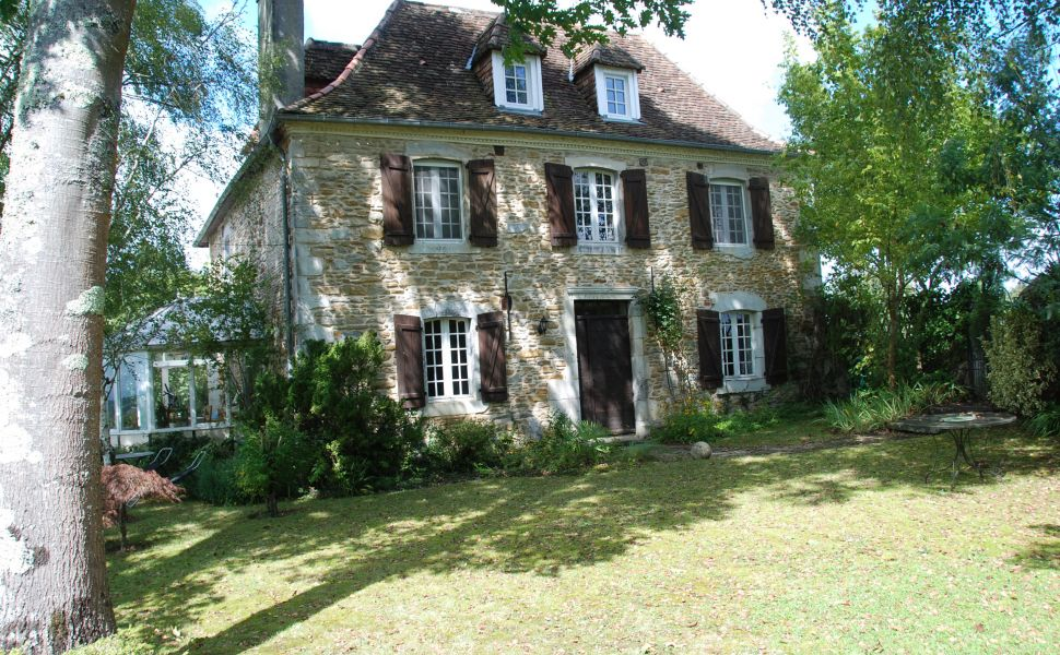 French property for sale - FCH622