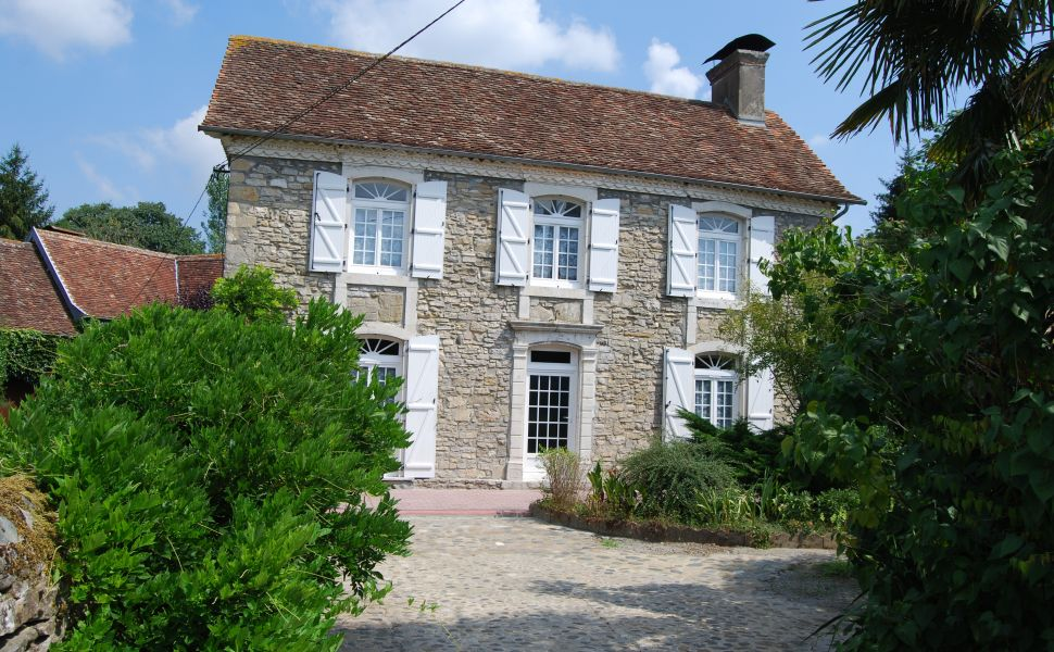 French property for sale - FCH389