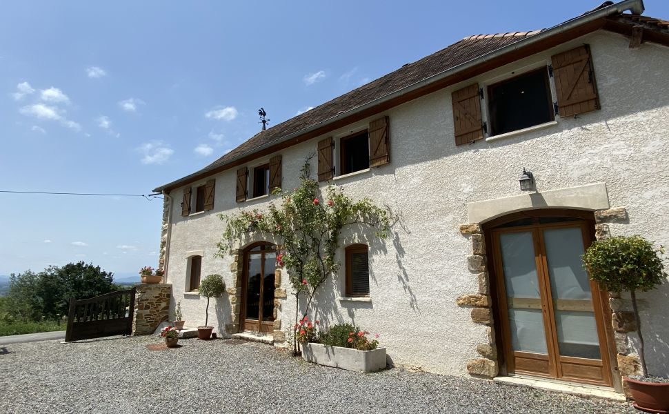 A Beautiful Stone Bearnaise Property with Independent Gite, Infinity Pool and Panoramic Views