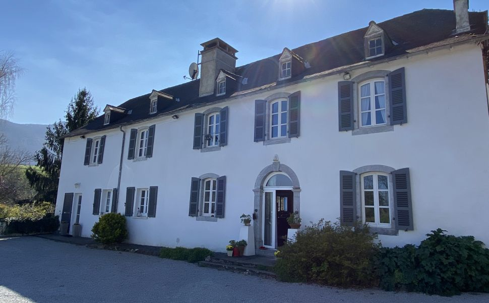 French property for sale - FCH841