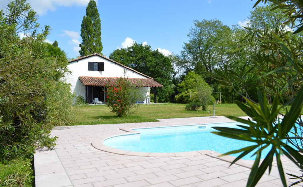 French property for sale - FCH472