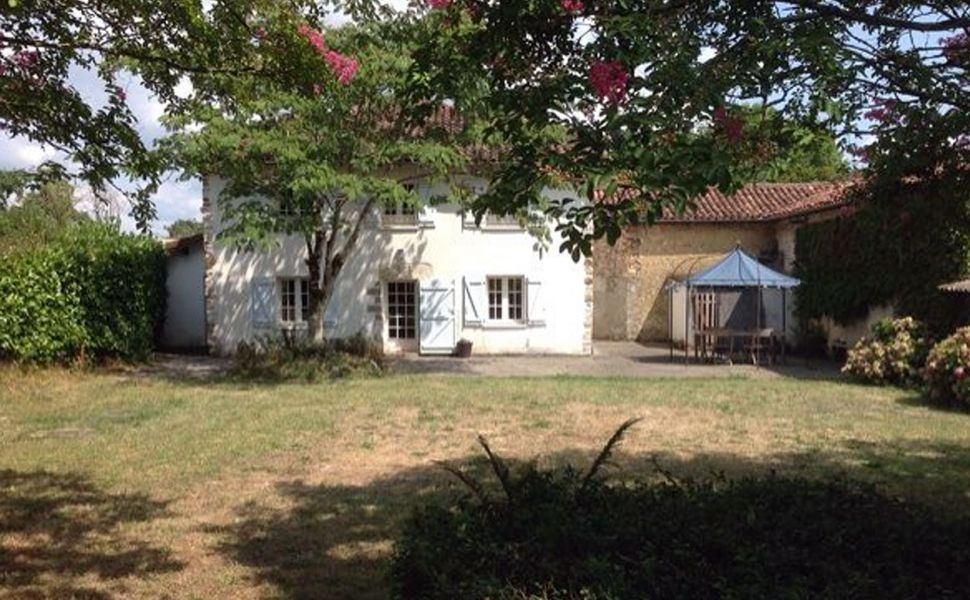 19C Courtyard Farmhouse with Barns and 1.5HA of Land