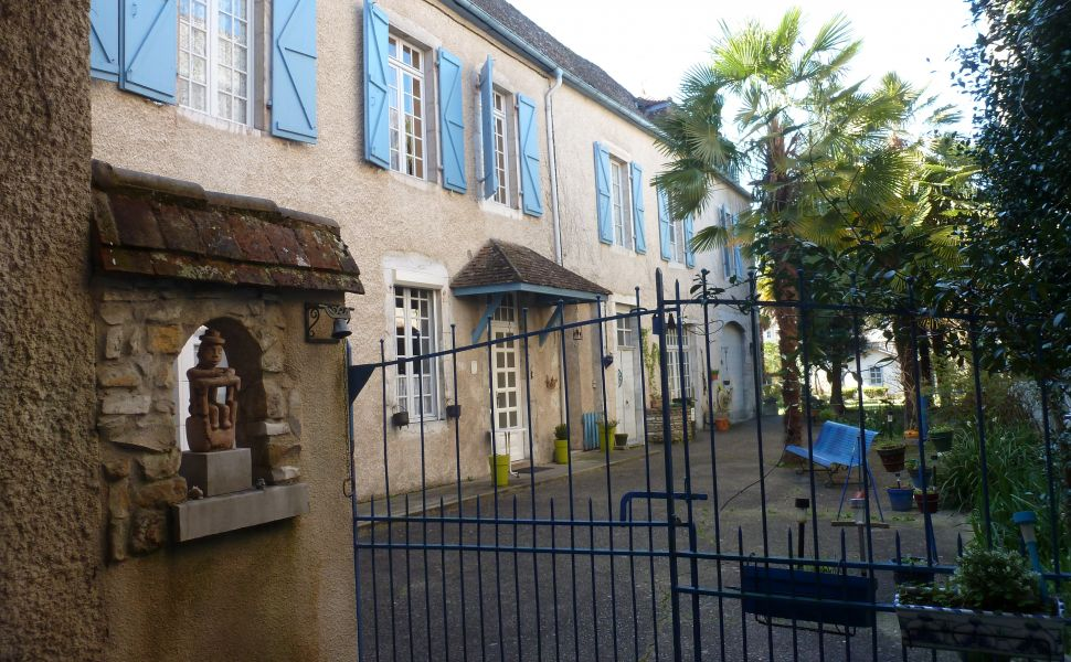 French property for sale - FCH599