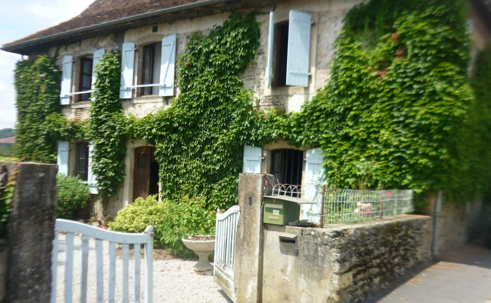 French property for sale - FCH617