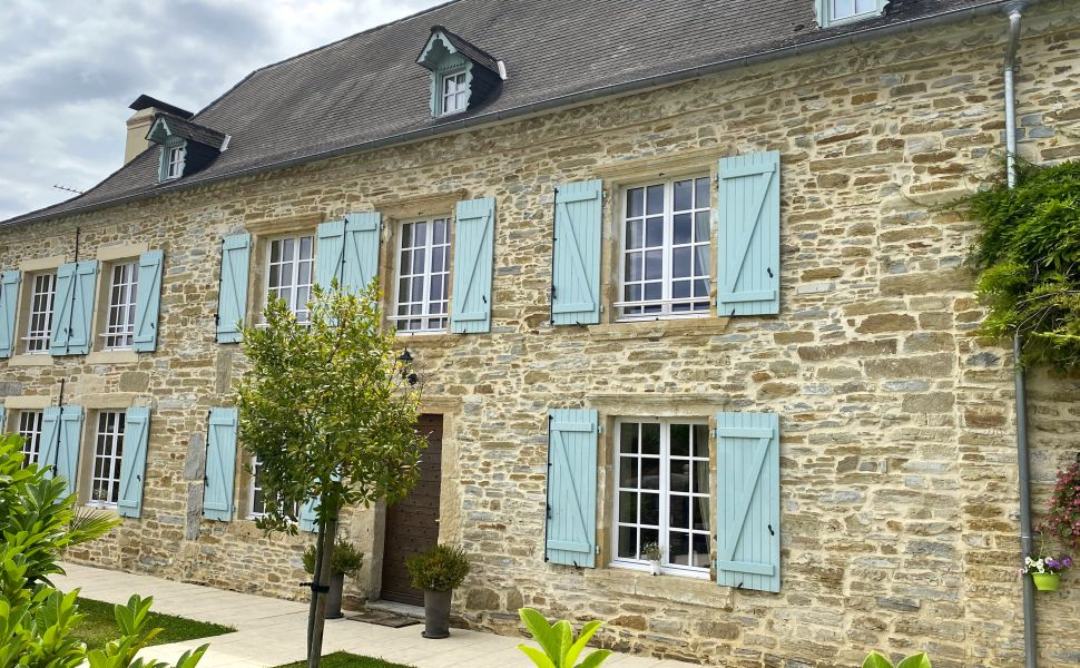 French property for sale - FCH730