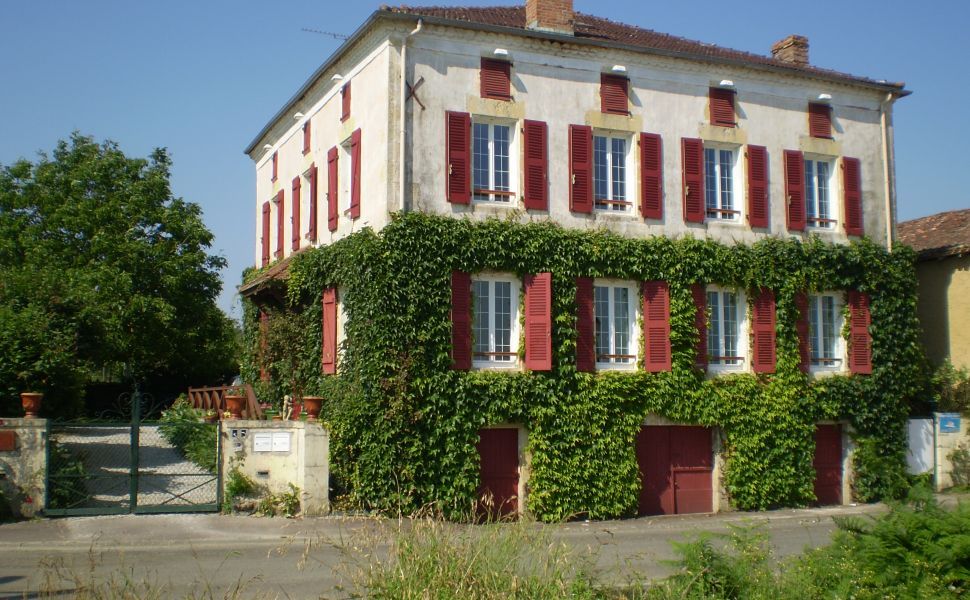 French property for sale - FCH669