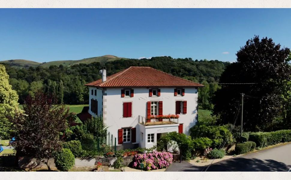 French property for sale - FCH711