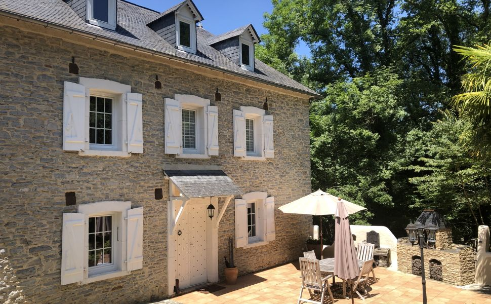 French property for sale - FCH726
