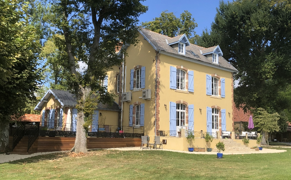 French property for sale - FCH752