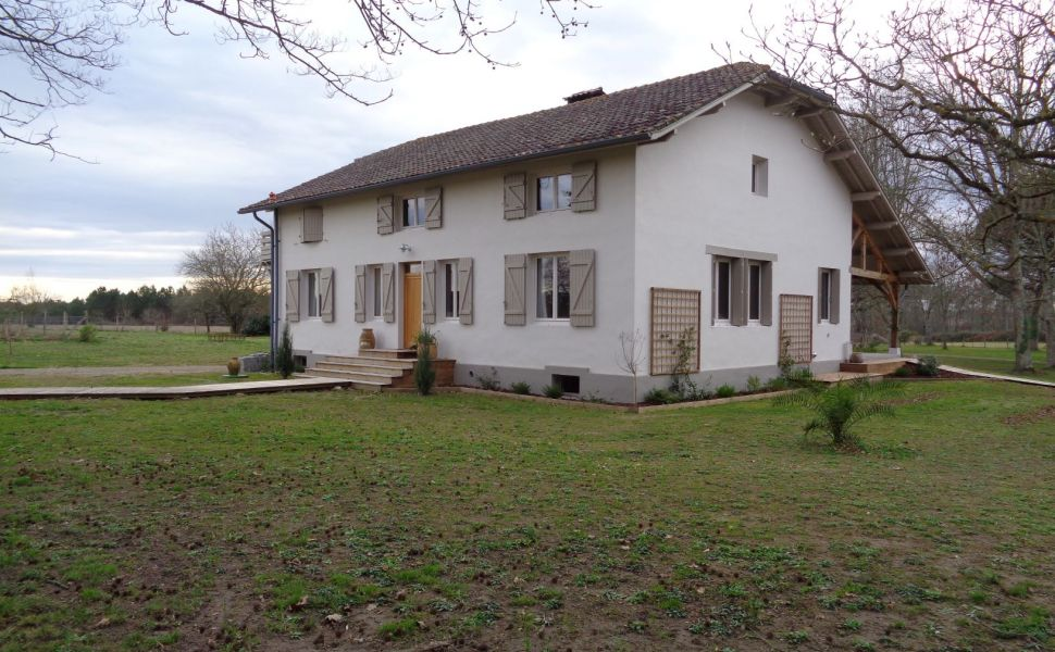 French property for sale - FCH767