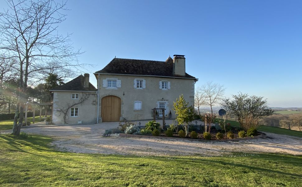 French property for sale - FCH768