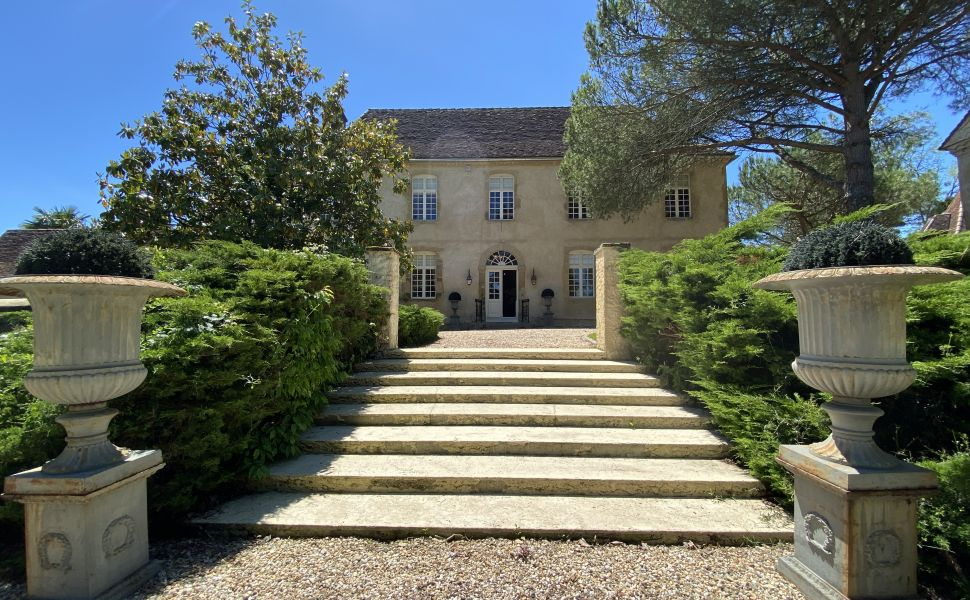 French property for sale - FCH780