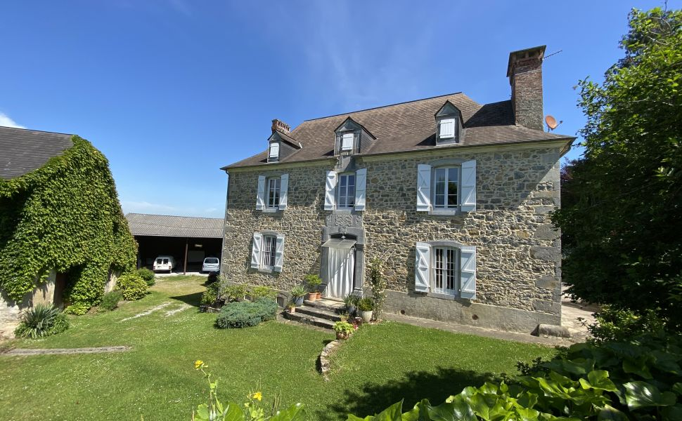 French property for sale - FCH779