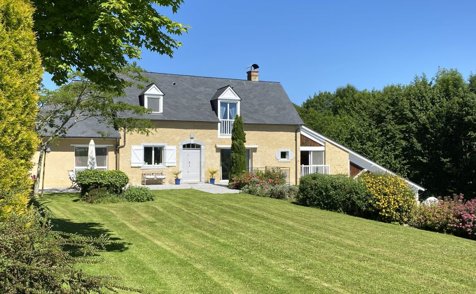 French property for sale - FCH783