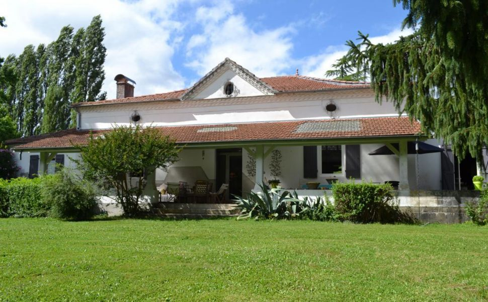 French property for sale - FCH799