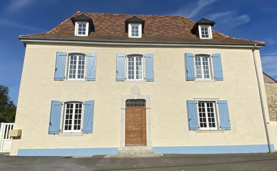 French property for sale - FCH802