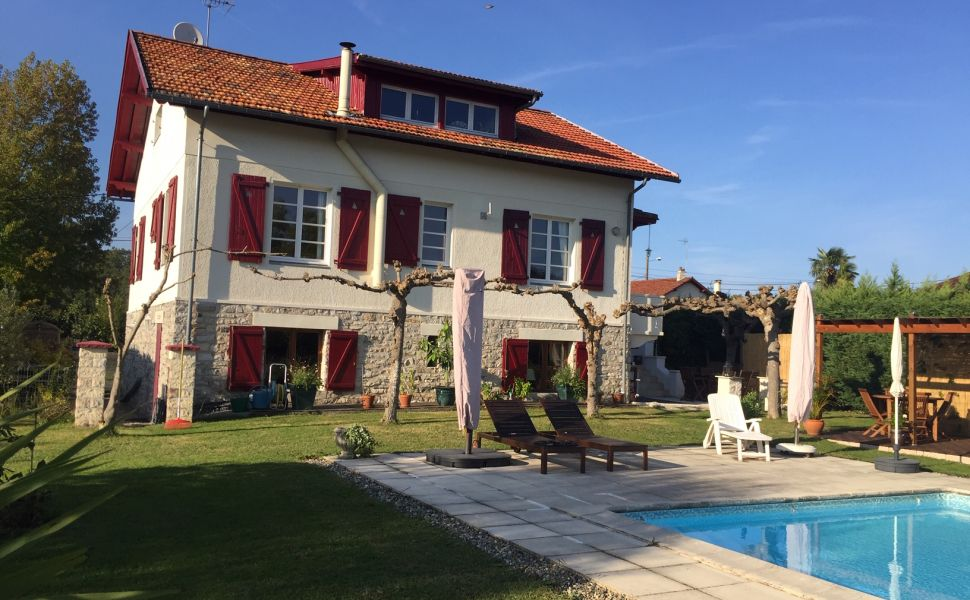 French property for sale - FCH805