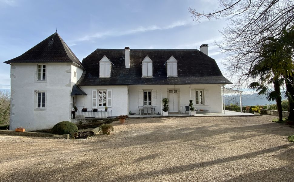 French property for sale - FCH821