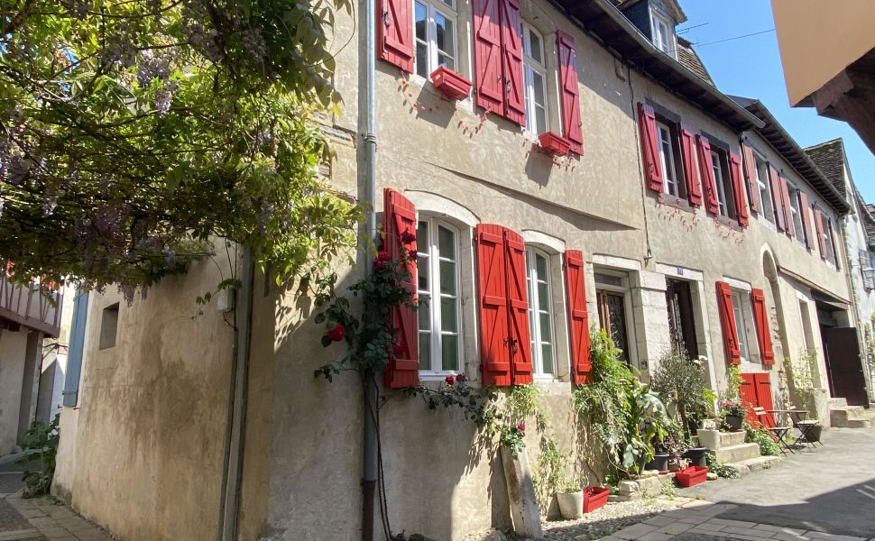 French property for sale - FCH837