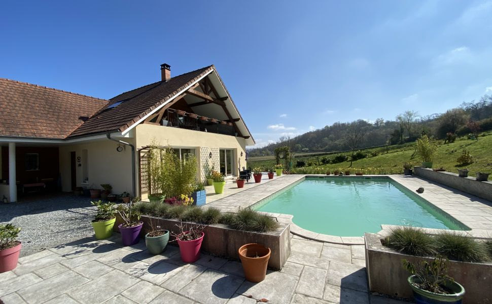 French property for sale - FCH842