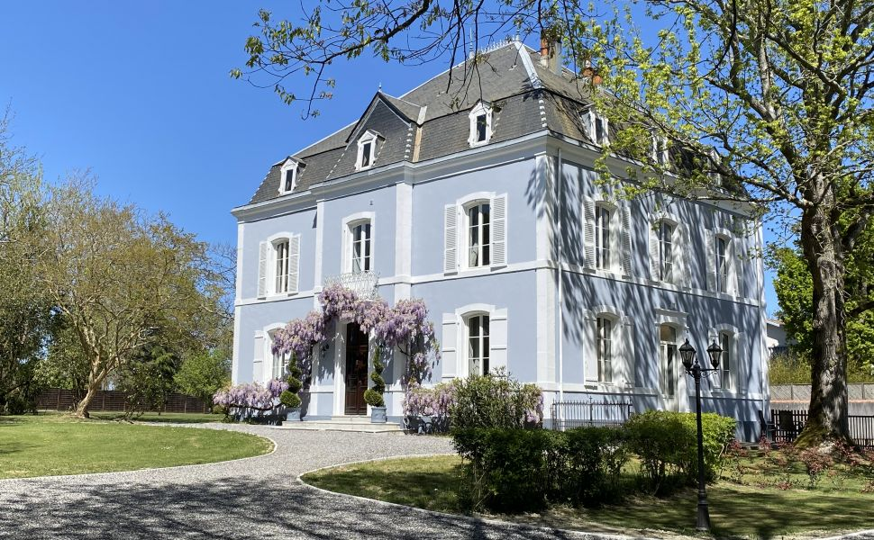 French property for sale - FCH844