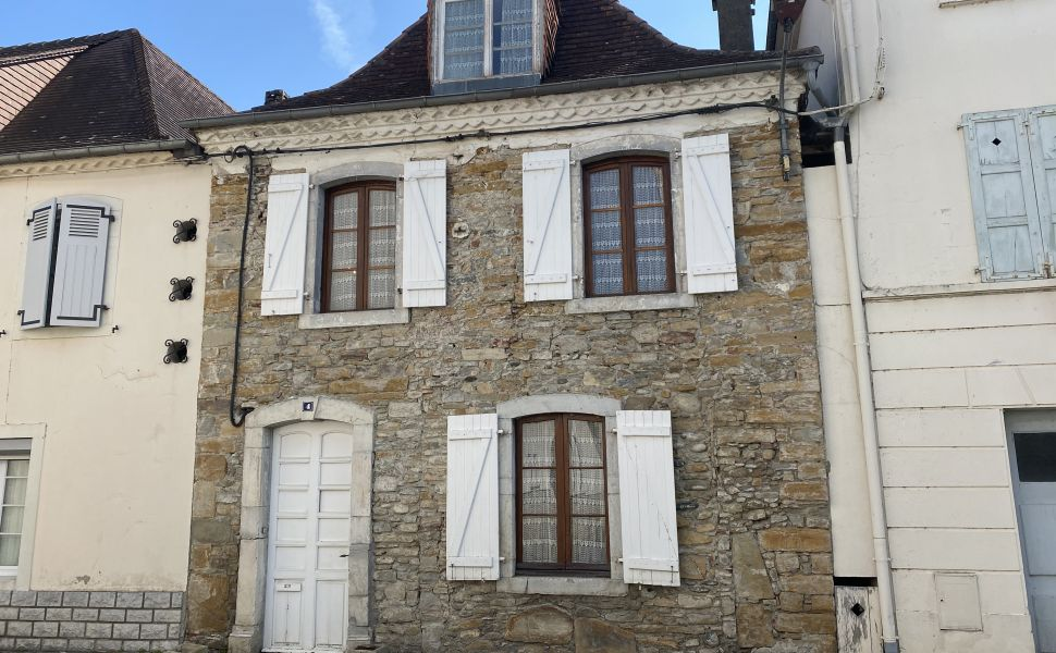 French property for sale - FCH862