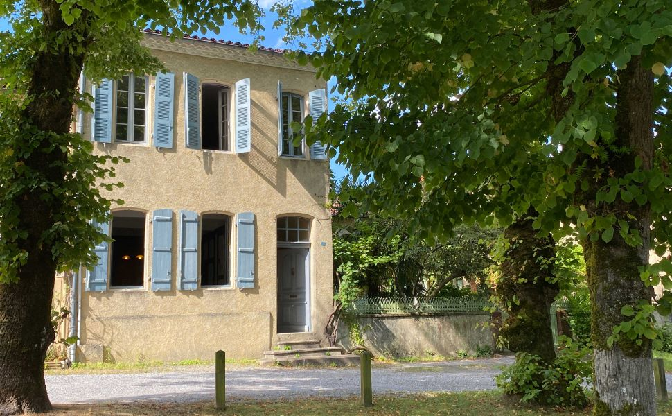 French property for sale - FCH870