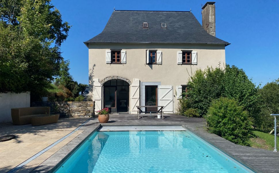 French property for sale - FCH877