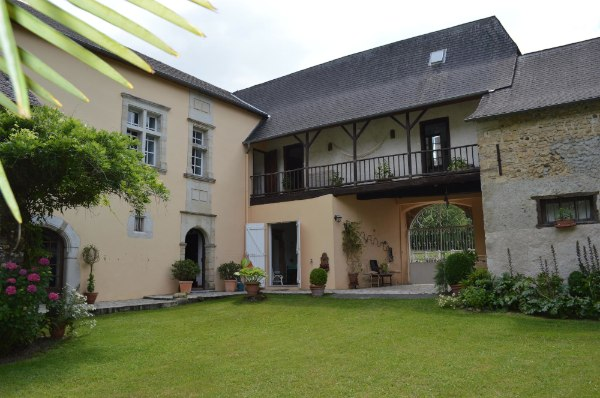 French property for sale - FCH658
