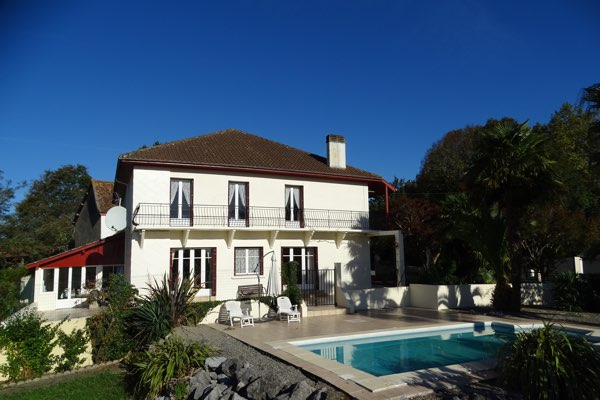 French property for sale - FCH601