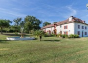 A Beautifully Renovated Farm House On the Compostella Pilgrims Route
