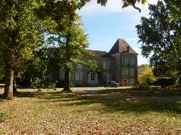 An Authentic 17C Chateau with Guest Cottage & Barns