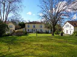 A Magnificant Maison de Maitre with 2 Gites, Guardians flat, Swimming Pool and Stabling