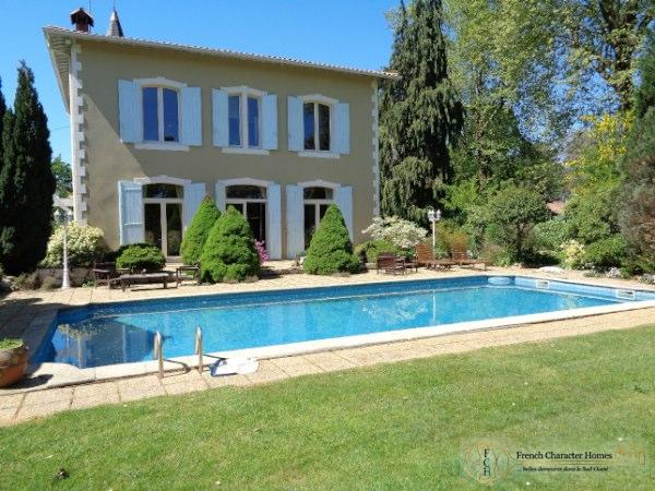 Petit Chateau, Period Barns, Swimming Pool, Tennis Court and