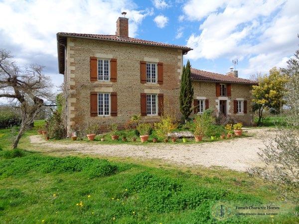 Maison de Maitre and Gite
