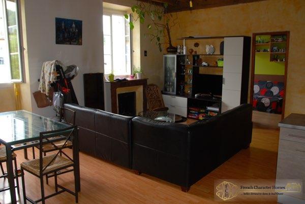 Apartment : Living Room