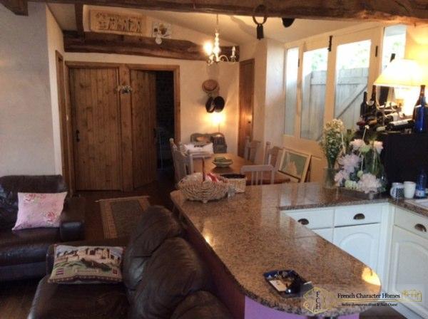 The Gite : Dining Kitchen