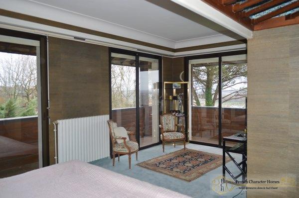 Bedroom 4 Balcony