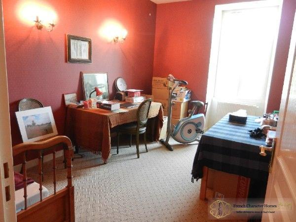 Bedroom 1 / Office (Ground Floor)