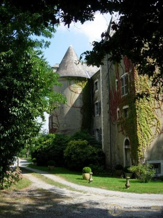 The Chateau : North Façade