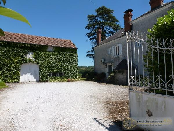 Entrance Courtyard & Barn