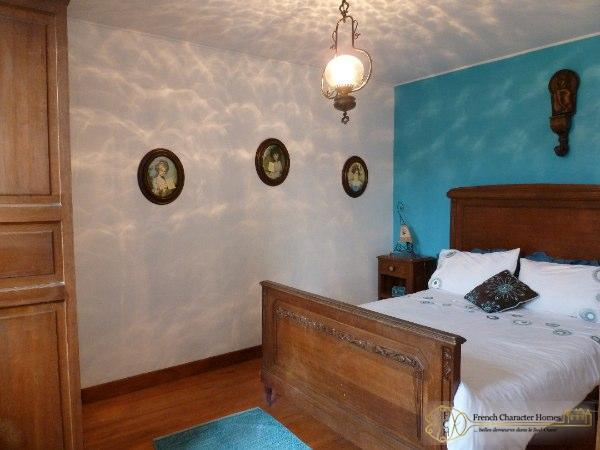 THE FARMHOUSE : Bedroom 3