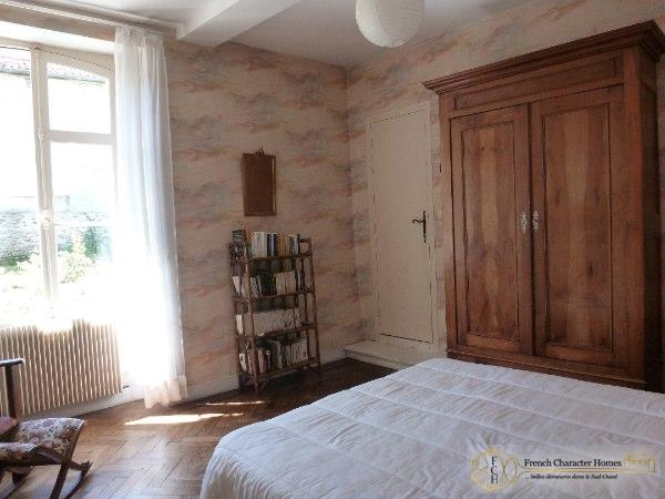 Ground Floor : Bedroom