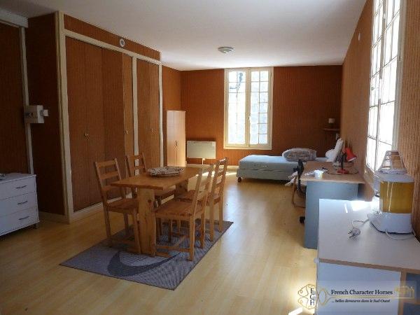 STUDIO : Apartment
